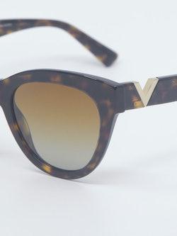 Nærbilde av solbrille VA4089