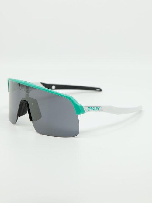 Bilde av sportsbrille fra Oakley