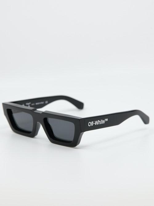 Bilde av solbrille Manchester i farge sort fra Off-White