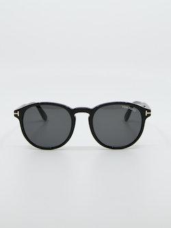 Bilde av solbrille fra tom ford modellnummer tf834 dante