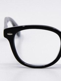 Nærbilde av brille OV5036