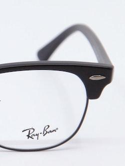 Nærbilde av brille RB5154