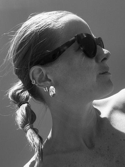 Bilde av Celine Aagaard med solbrille fra Celine
