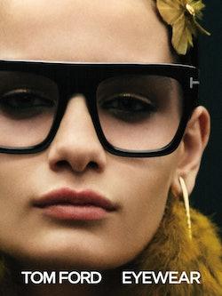 Bilde av modell med solbrille FT847 fra Tom Ford