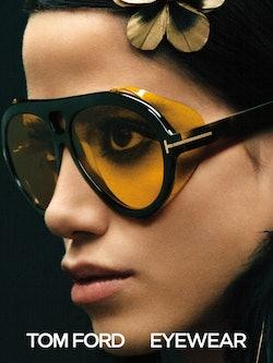 Bilde av modell med solbrille fra Tom Ford