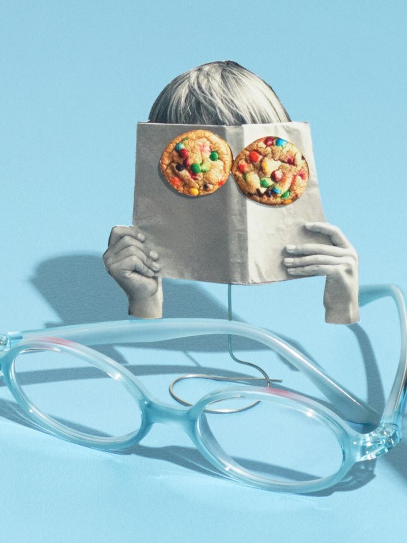 Illustrasjon med bilde av briller og barn som leser