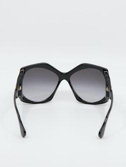 Bilde av solbrillen GG0875s i farge sort fra Gucci