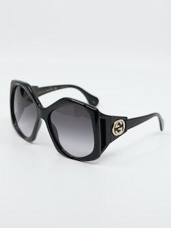 Bilde av Gucci GG0875s, solbrille hos Krogh Optikk